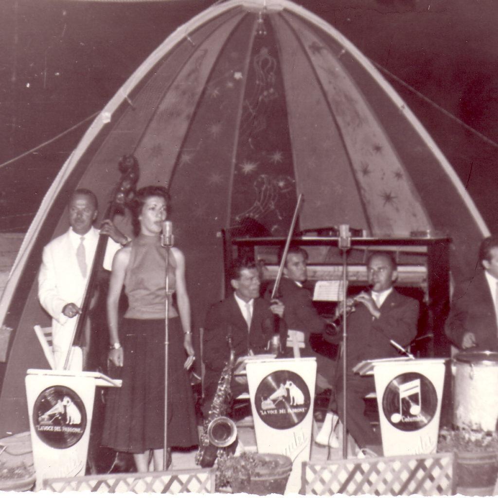 Orchestra Casadei 1952 Dancing Lido Rubicone Con Il Maestro Casadei Al Contrabbasso