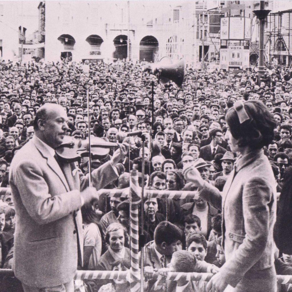 Orchestra Casadei 1968 1° Maggioi Piazza Saffi